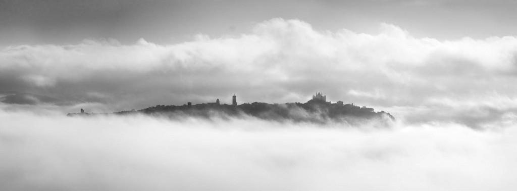 Orvieto Umbria fog